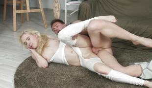 Fucking a hot golden-haired chick