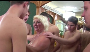 Granny Rims 5 junior Studs to Cum