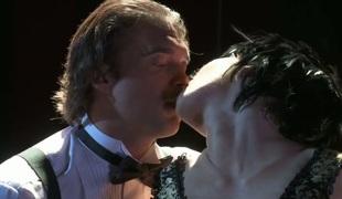 anal deepthroat blowjob onani facial fingring leketøy trekant ass-til-munn gaping