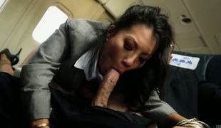 London Keyes is a facial cum slut
