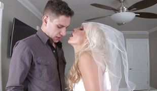 Mean Ashley Fires fucks the groom to be
