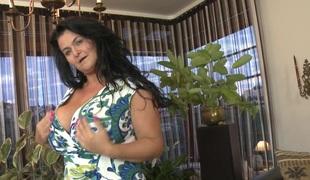 Biggest natural mature breasts are amazing in a solo scene