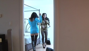 Large tit Amy Anderssen bonks tattooed starlet Vyxen Iron