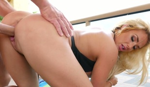 Golden-haired stunner Olivia Fox boned hard in a doggystyle