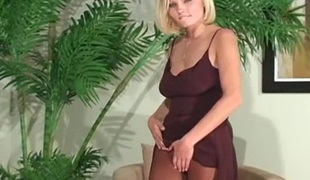 Dazzling solo beauty fingers lewd snatch through tight hose