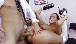 brunette anal blowjob ridning stor kuk sokker cowgirl doggystyle puling sucking
