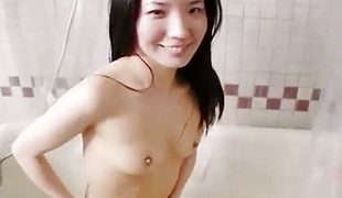 Amateur chick bath tub joy