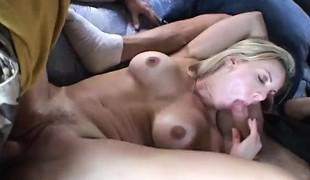 blonde milf gangbang store pupper blowjob gruppesex