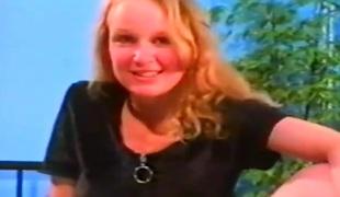 dutch vintage college gal