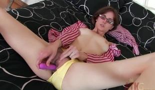 amatør tenåring brunette kjønn onani fingring ass dildo leketøy små pupper