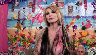 Busty older Taylor Wane is still a hot fuck and good cocksucker