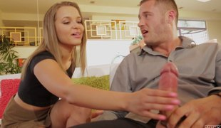 Luscious blonde called Liza enjoys her some carnal shagging