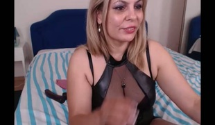 Awesome busty blond haired MILF gonna go solo for me only