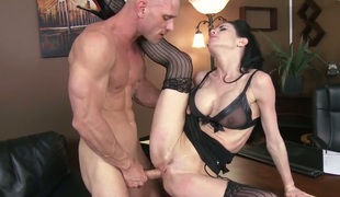 Johnny Sins can't live without fuck hungry Veronica Avluvs amazing body and fucks her mouth as hard as possible