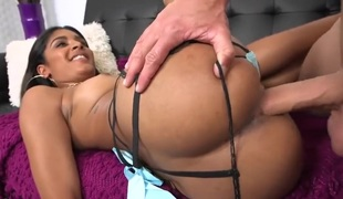 Teen Katalina Mills with bubbly booty and hairless bush shows orall-service tricks to hawt blooded guy with passion : erotic movie Pornalized.com