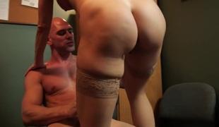 blonde store pupper pornostjerne blowjob lingerie sædsprut facial kontor rimjob