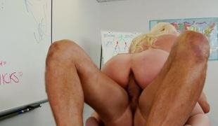 store pupper blonde blowjob creampie hårete milf moden strømper mamma penger