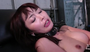 Skin Diamond is getting some anal love from a girl with a strap on. There are no men in sight, so this will get to do. That babe is pounded there anally.