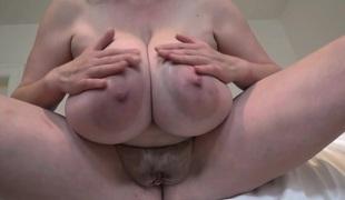 naturlige pupper store pupper fitte solo lubben hd nærhet store brystvorter