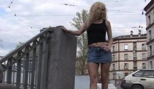 naturlige pupper rumpehull blonde hardcore skjørt blowjob fitte stor kuk thong par