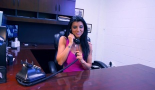 Romi gives an office irrumation
